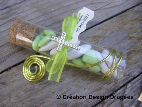 éprouvette à dragées communion vert anis