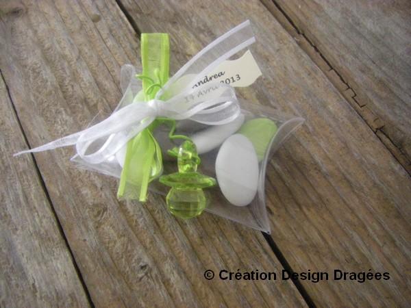 Boite à dragées baptême sucette verte
